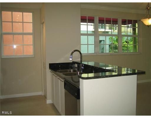 Additional photo for property listing at 225 NE 1st Street  Delray Beach, Florida 33444 Estados Unidos