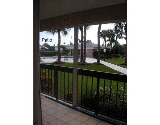 Additional photo for property listing at 611 SE 7th Street 611 SE 7th Street Delray Beach, Florida 33483 Estados Unidos