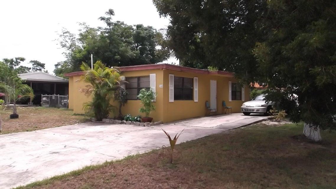 240 N Palm Drive, Boynton Beach, FL 33435