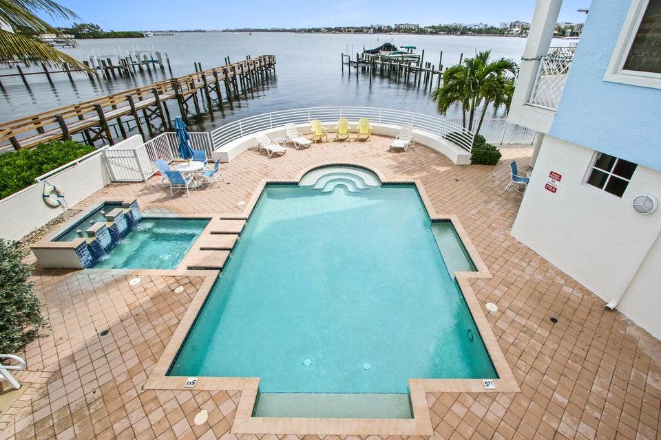 Home for sale in OLDE VILLAGE POINTE CONDO Lantana Florida