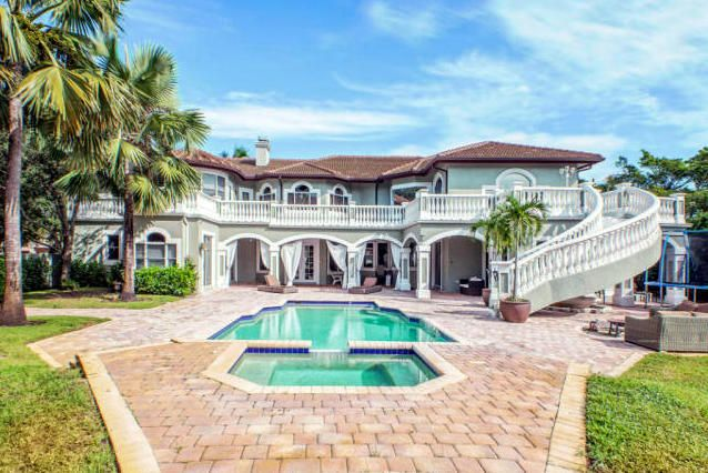 17600 Fieldbrook Circle E, Boca Raton, FL 33496