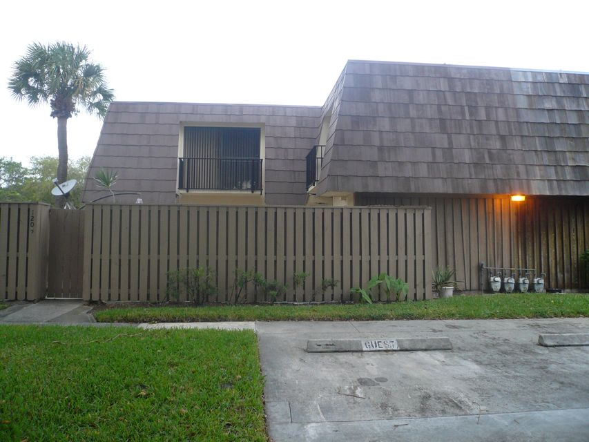 1205 12th Court , Palm Beach Gardens FL 33410 is listed for sale as MLS Listing RX-10261898 23 photos