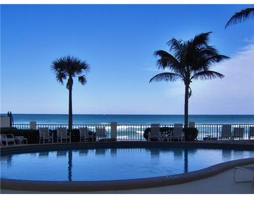 Co-op / Condo for Sale at 100 Beach Road Tequesta, Florida 33469 United States