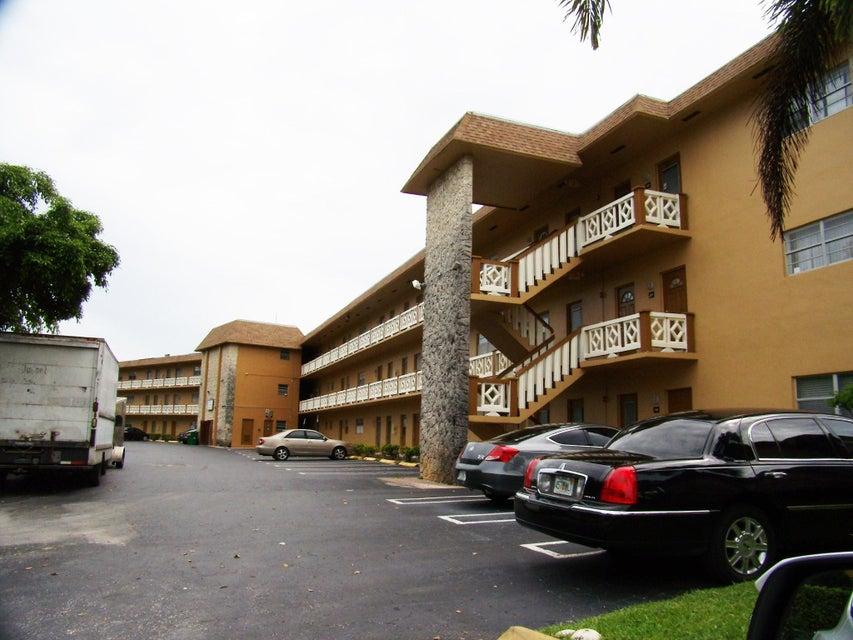 5031 W Oakland Park Boulevard 103, Lauderdale Lakes, FL 33313