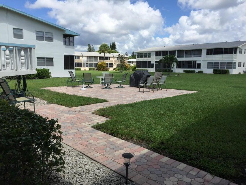 238 Camden J, West Palm Beach, FL 33417