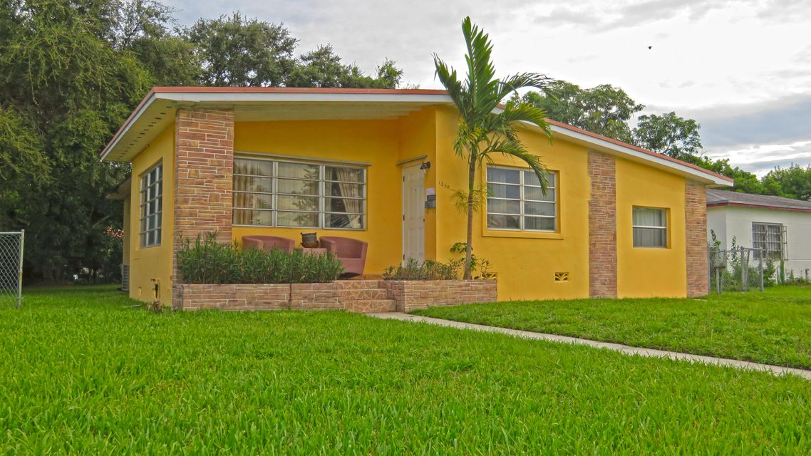 Home for sale in PRESTON MANOR North Miami Beach Florida