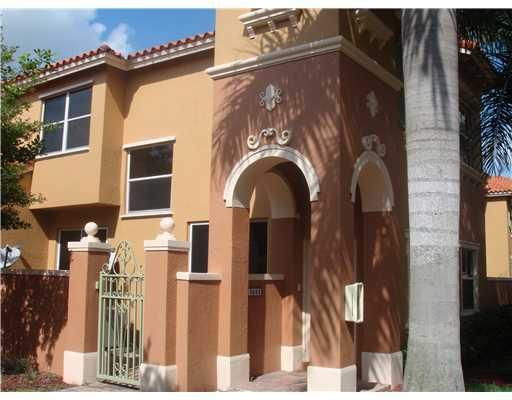 Townhouse for Sale at 10668 SW 6th Street # 1606 10668 SW 6th Street # 1606 Pembroke Pines, Florida 33025 United States