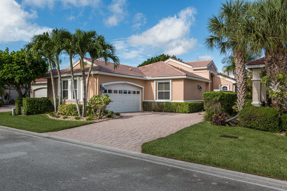 4570 Hazleton Lane, Wellington, FL 33449