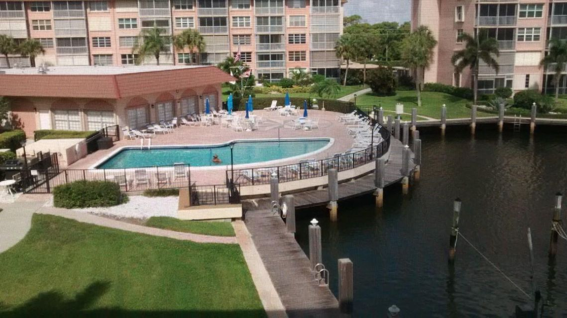911 Gardenia Drive 353, Delray Beach, FL 33483