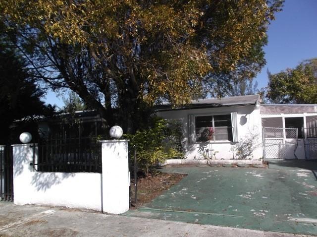 Home for sale in Lake Lucerne Estates Miami Gardens Florida