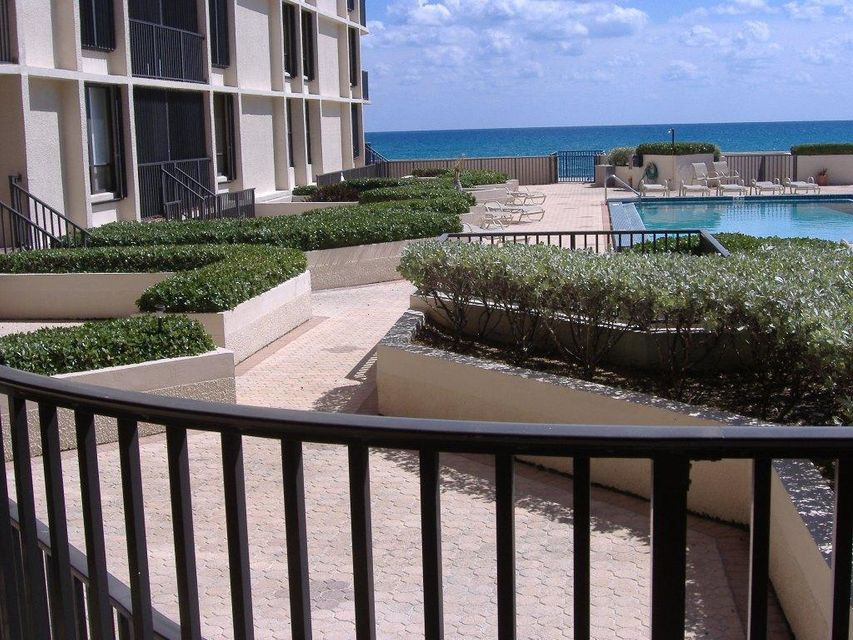 Additional photo for property listing at 3610 S Ocean Boulevard 3610 S Ocean Boulevard South Palm Beach, Florida 33480 Estados Unidos