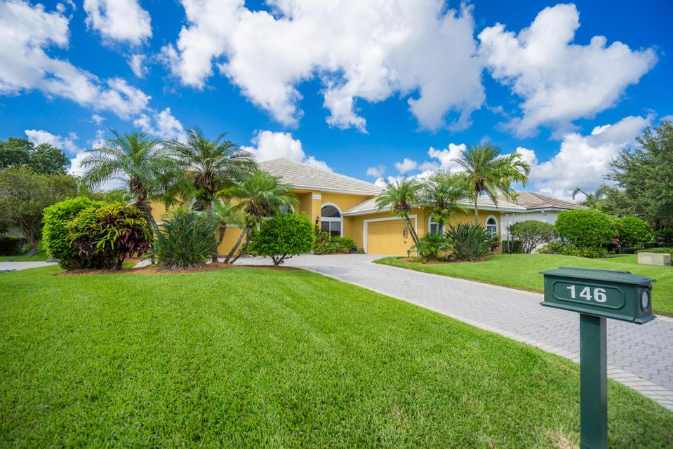 146 Thornton Drive Palm Beach Gardens Fl 33418 Rx 10260524 In Pga National