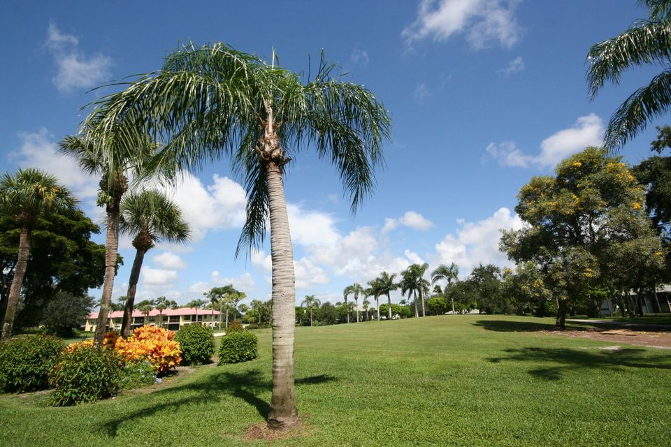 Additional photo for property listing at 3872 Quail Ridge Drive N 3872 Quail Ridge Drive N Boynton Beach, Florida 33436 United States