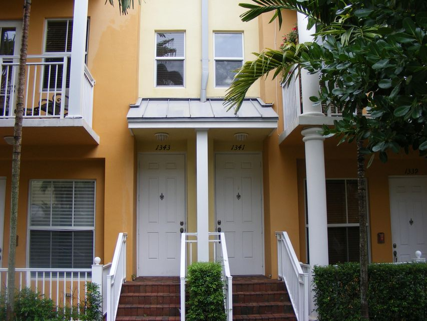 Home for sale in VILLAGE AT SAILBOAT BEND CONDO B Fort Lauderdale Florida