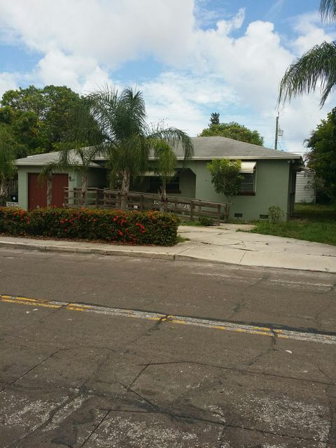 1010 N D Street, Lake Worth, FL 33460