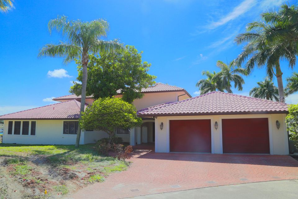 Home for sale in WATERWAY VISTA IN North Palm Beach Florida