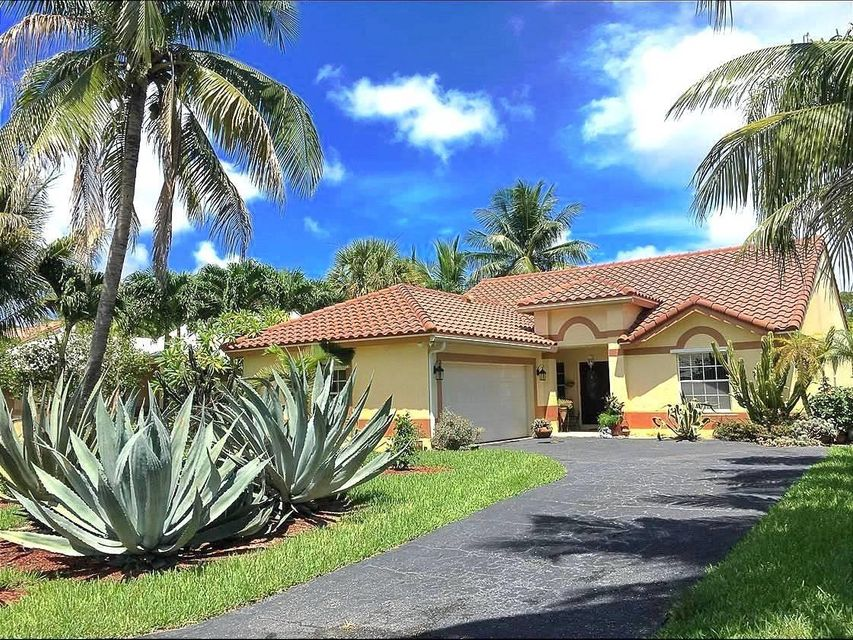 Home for sale in PARKVIEW PLACE West Palm Beach Florida