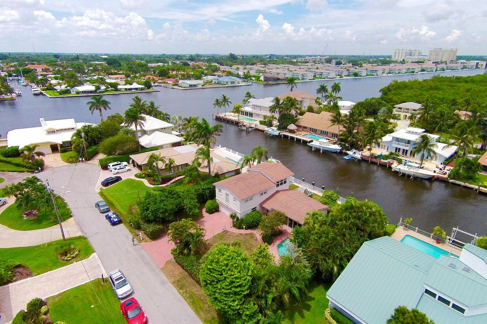 Additional photo for property listing at 42 Harbour Drive S 42 Harbour Drive S Ocean Ridge, Florida 33435 United States
