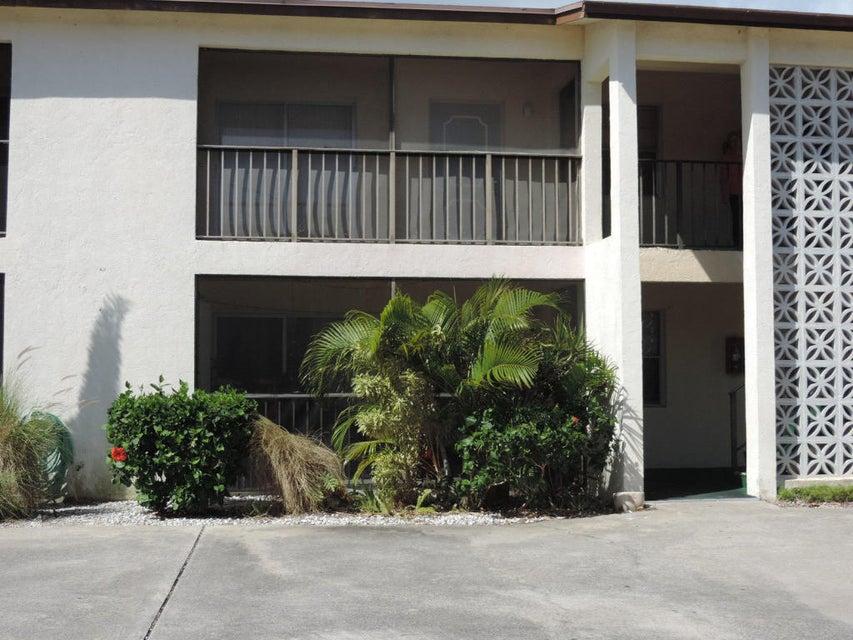 1751 3rd Avenue 202  Lake Worth, FL 33460
