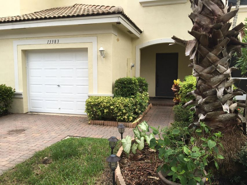 13383 Georgian Court  Wellington, FL 33414