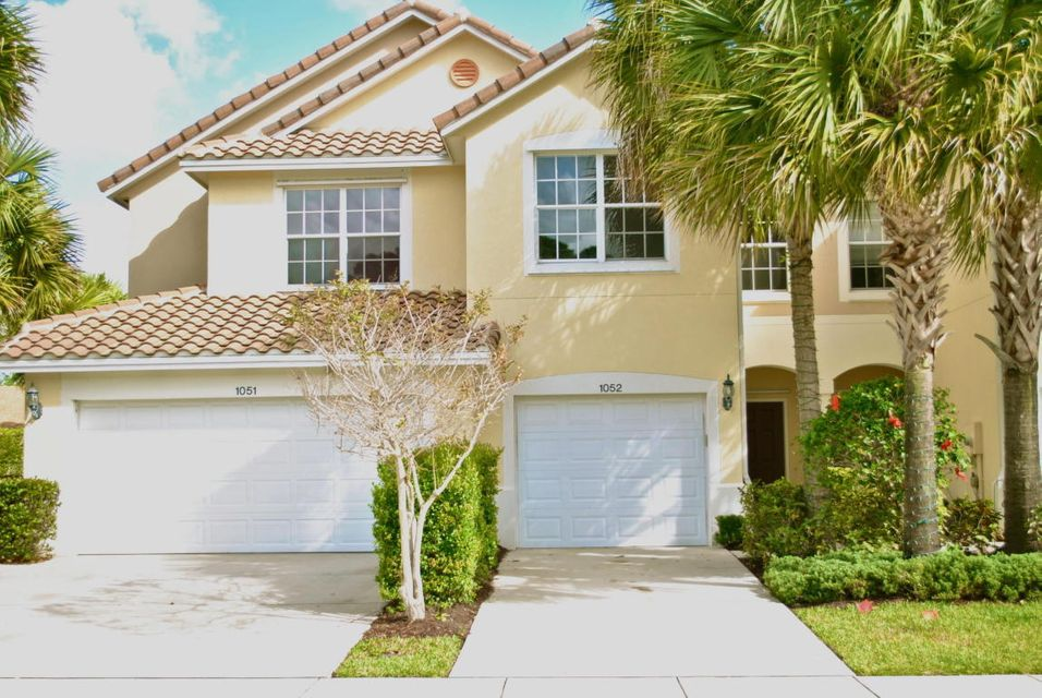 Home for sale in PINEWOOD LAKE West Palm Beach Florida