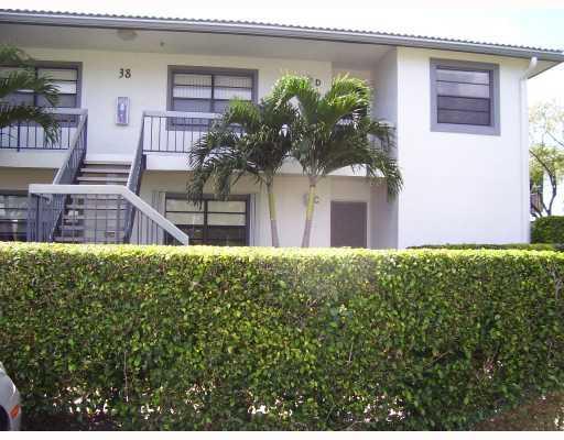38 W Stratford Lane D, Boynton Beach, FL 33436
