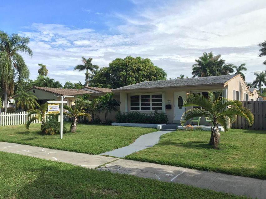 Home for sale in SUNSET TRAILS NO 4 Hollywood Florida