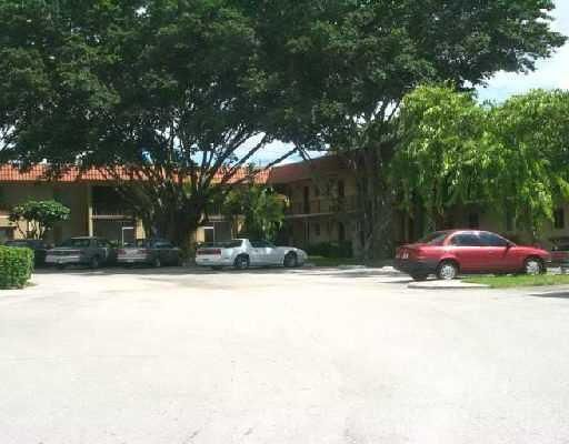 6034 Forest Hill Boulevard 205 West Palm Beach Fl 33415 Rx 10263569 In Forest Hill Gardens Condo