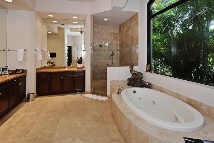 masterbathroom_700[1]