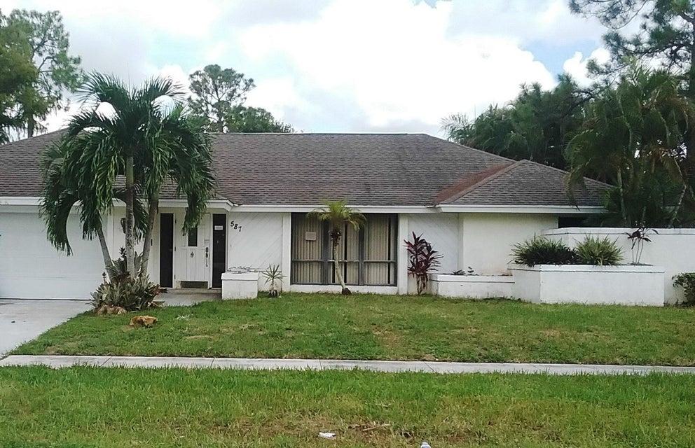 587 Carnation Court  Wellington, FL 33414