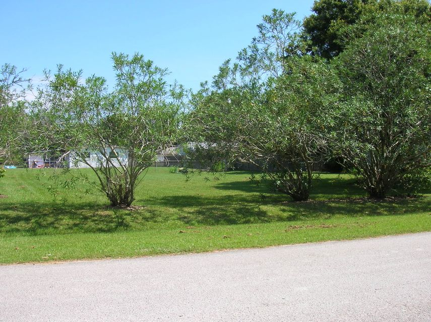 Additional photo for property listing at 7708 Miramar Avenue 7708 Miramar Avenue Fort Pierce, Florida 34951 États-Unis