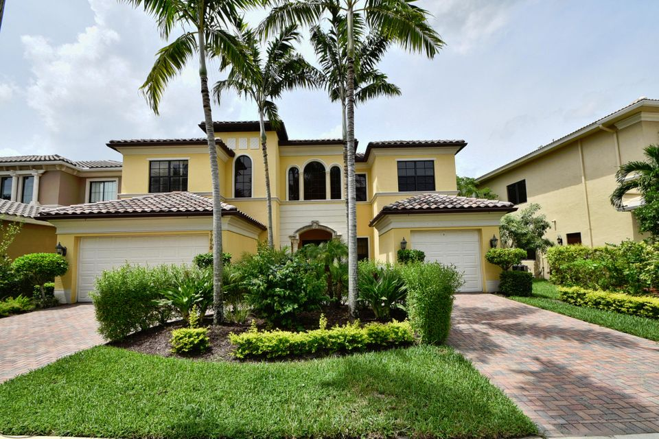 Single Family Home for Sale at 17919 Monte Vista Drive 17919 Monte Vista Drive Boca Raton, Florida 33496 United States