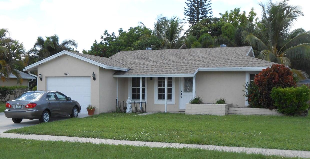 843 Gardenia Drive Royal Palm Beach, FL 33411