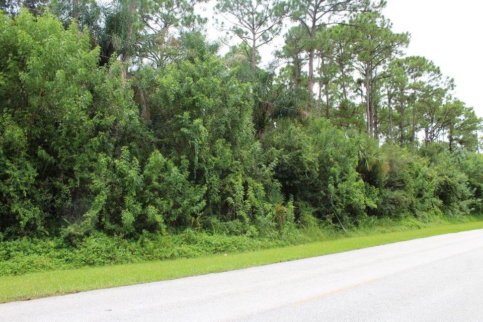 5201-5209 Turnpike Feeder Road, Fort Pierce, FL 34951