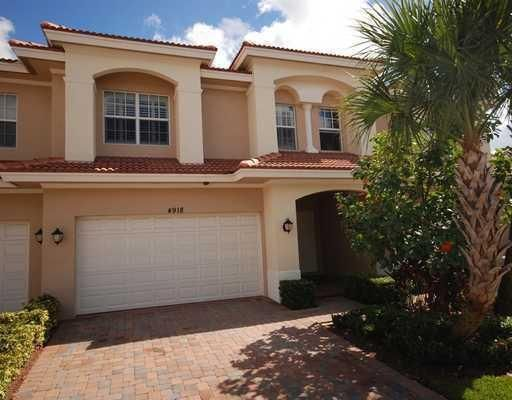 4918 Vine Cliff Way , Palm Beach Gardens FL 33418 is listed for sale as MLS Listing RX-10402867 16 photos