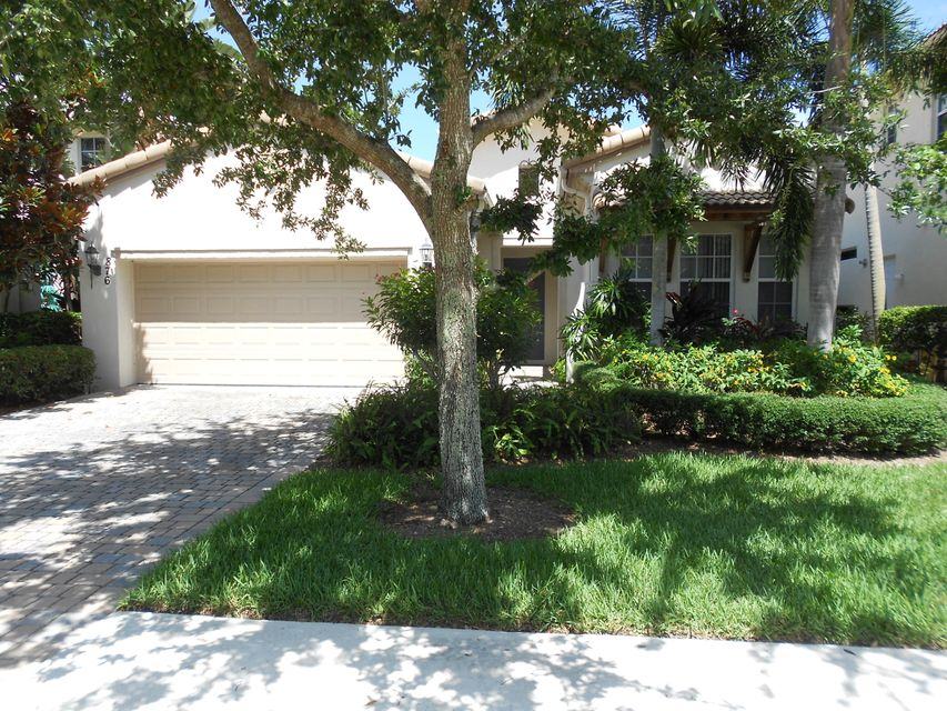 876 Taft Court - Palm Beach Gardens, Florida | Douglas Elliman