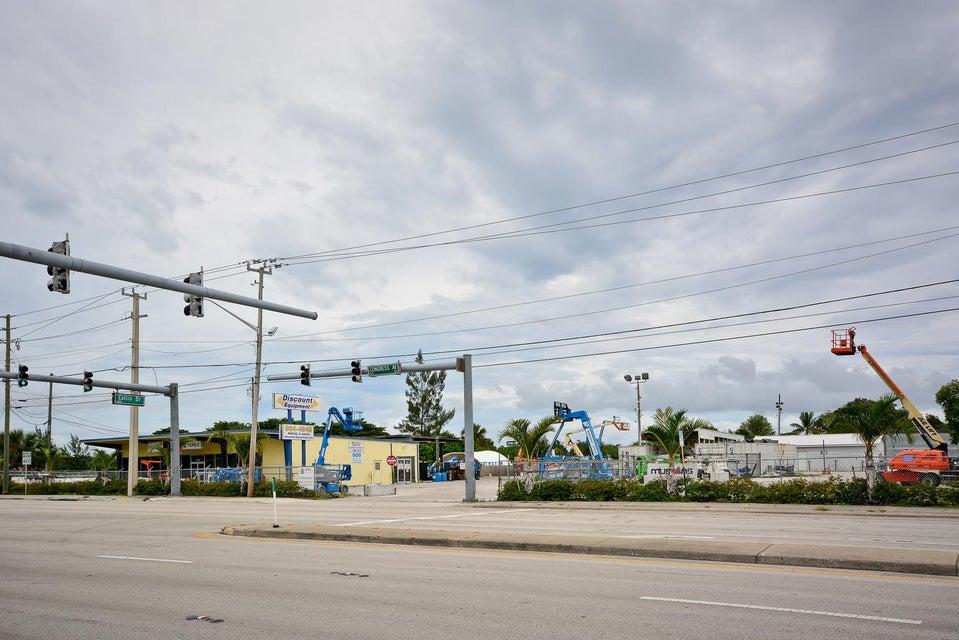 1014 S Congress Avenue, West Palm Beach, FL 33406