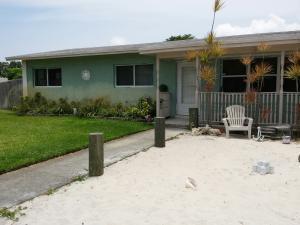 Home for sale in LANTANA HEIGHTS 4 Lantana Florida
