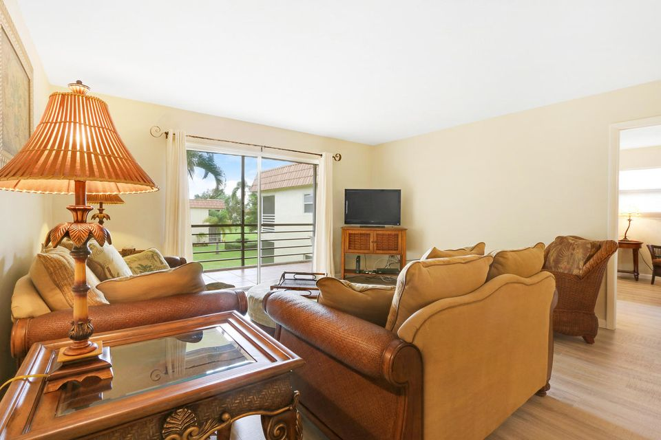 Additional photo for property listing at 717 S Us Highway 1  Jupiter, Florida 33477 United States