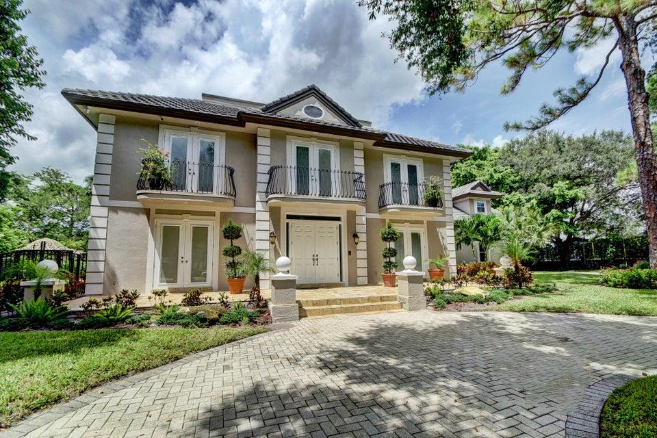 4915 Oxford Circle, Boca Raton, FL 33433