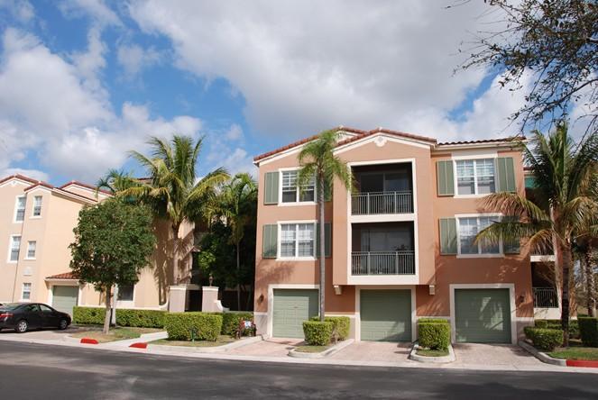 Konsum / Eigentumswohnung für Verkauf beim 11760 Saint Andrews Place Wellington, Florida 33414 Vereinigte Staaten