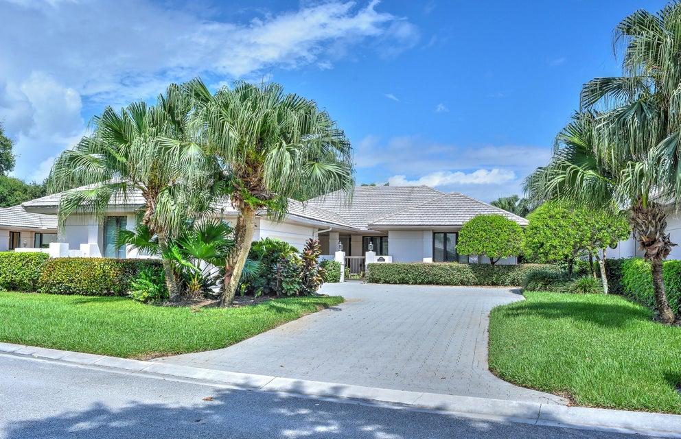 5941 SE Oakmont Place, Stuart, FL 34997