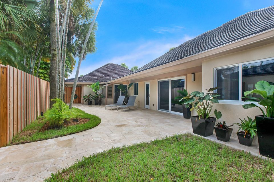 Townhouse for Sale at 2067 Wightman Drive 2067 Wightman Drive Wellington, Florida 33414 United States