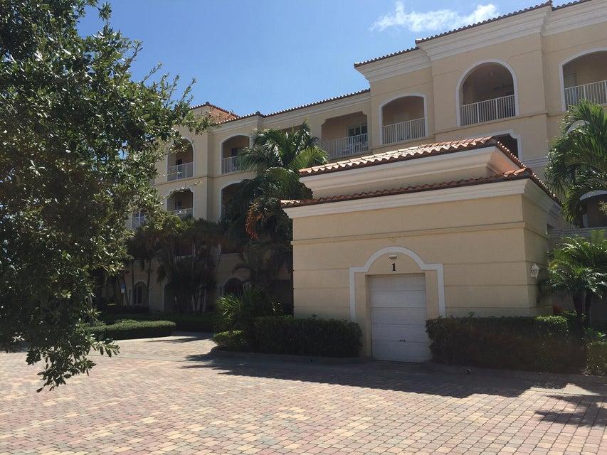 1 Harbour Isle Drive E Unit 202, Fort Pierce, FL 34949