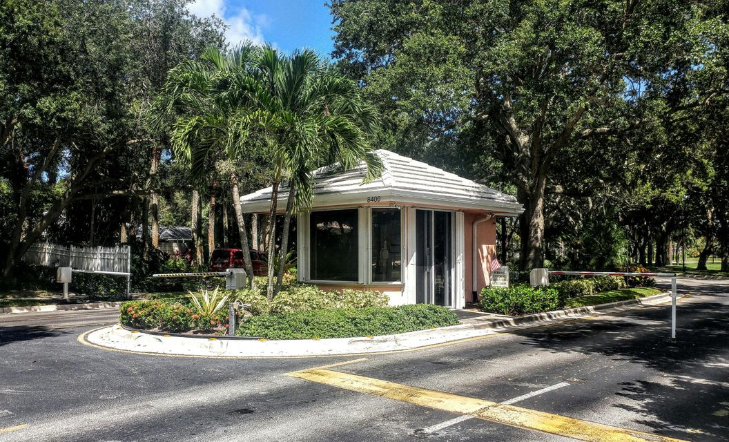 8618 wakefield drive palm beach gardens fl 33410 rx for Garden oaks pool
