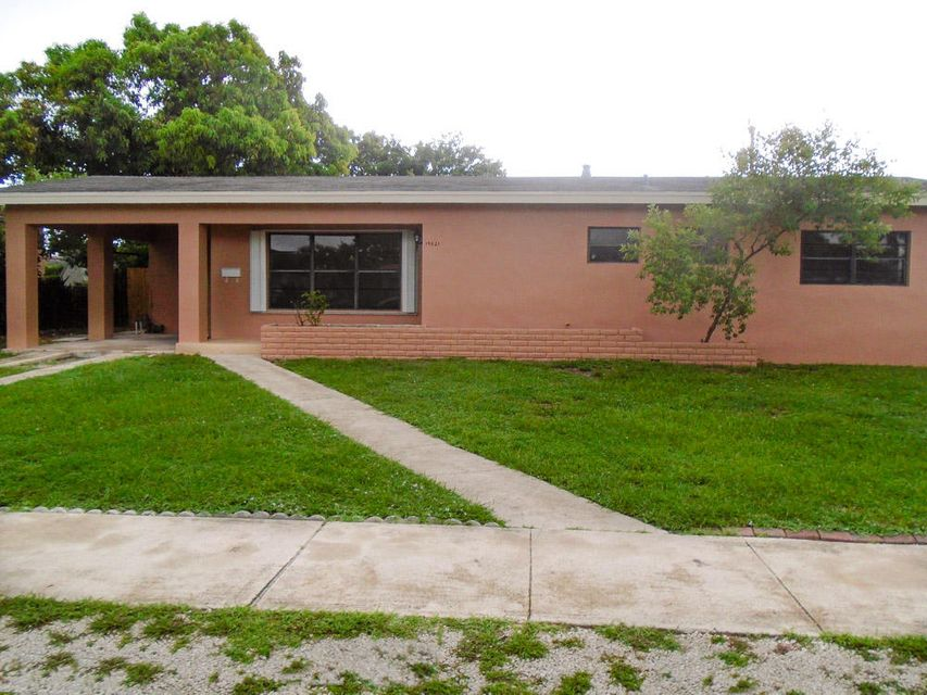 Home for sale in NORWOOD 4TH ADDN Miami Gardens Florida