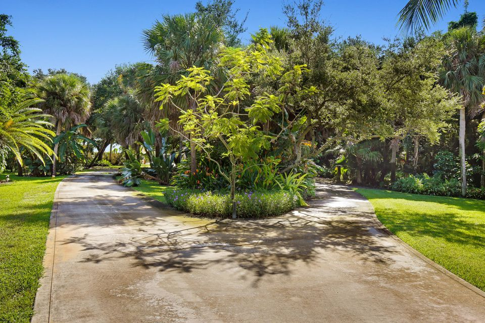 Additional photo for property listing at 13750 Old Prosperity Farms Road 13750 Old Prosperity Farms Road Palm Beach Gardens, Florida 33410 Vereinigte Staaten