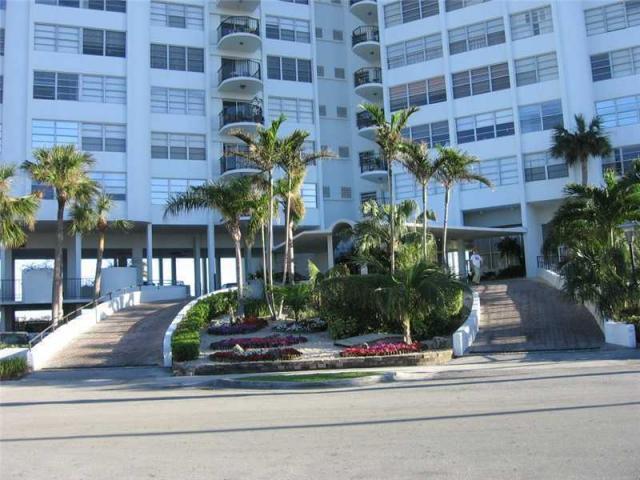 11930 N Bayshore Drive 706, North Miami, FL 33181