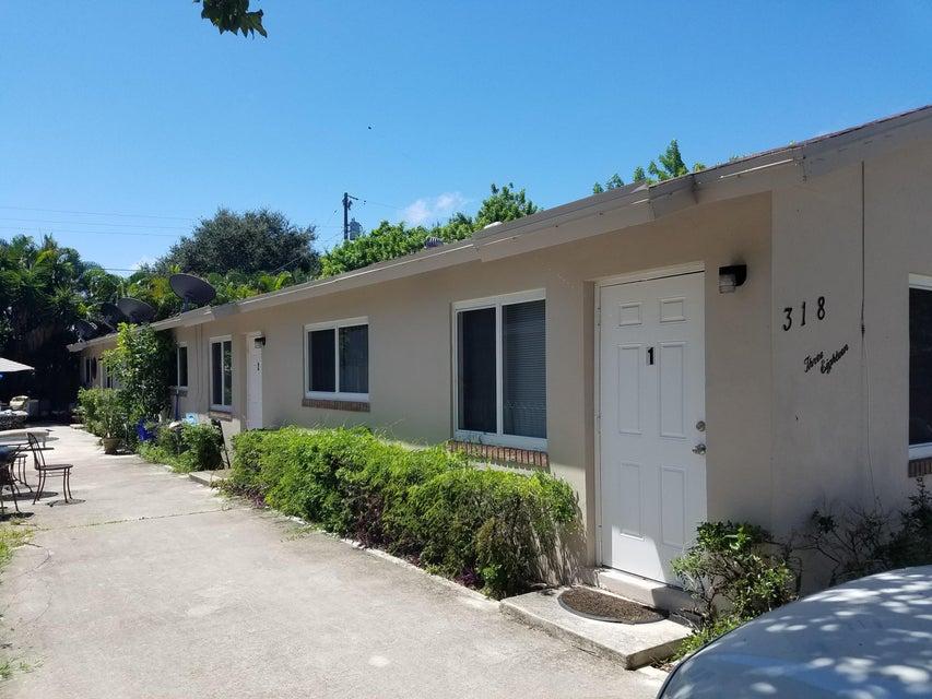 Home for sale in Lantana Resub of Blks 4,9 & 10 IN Lantana Florida