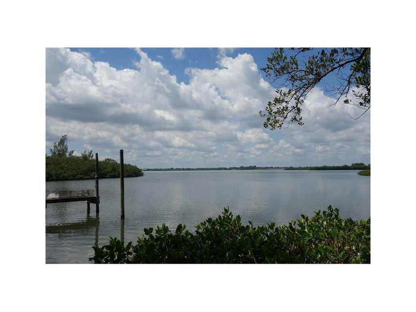 Additional photo for property listing at 395 Live Oak Drive 395 Live Oak Drive Vero Beach, Florida 32963 Estados Unidos